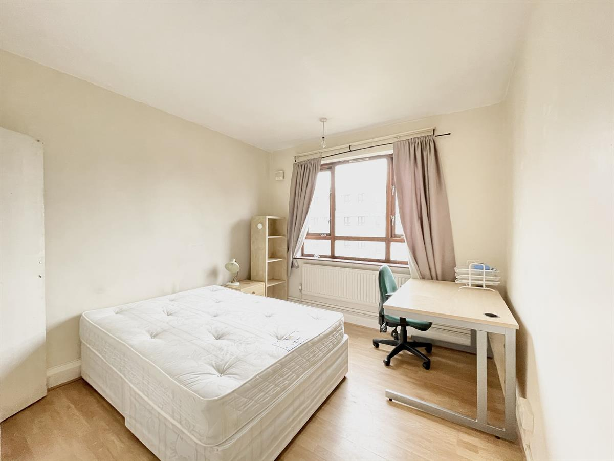 Flat , Riverfleet, Birkenhead Street, London